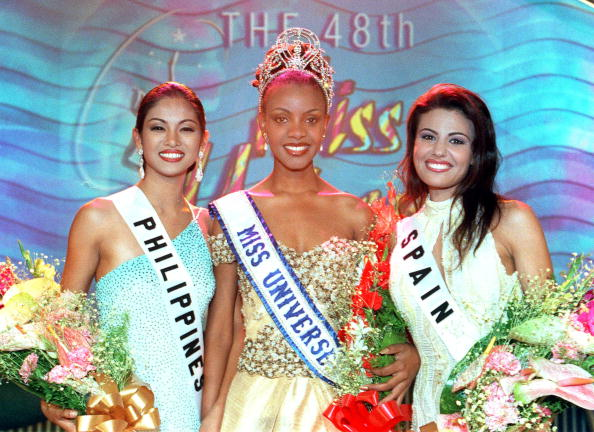 1999「First Runner Up Miriam Quiambao Miss Philippines 1999 Mpule Kwelagobe Miss Universe 19」:写真・画像(12)[壁紙.com]