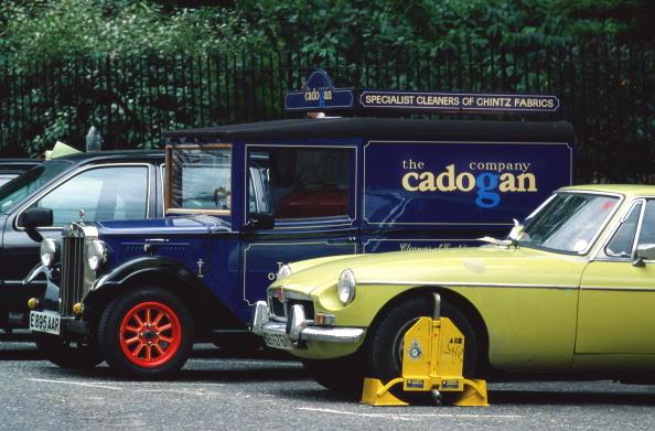 Tom Stoddart Archive「Car Clamp」:写真・画像(8)[壁紙.com]
