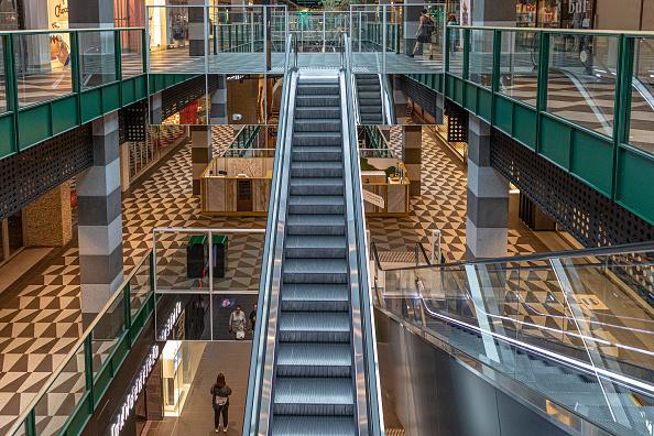 Shopping Mall「Australians Adjust To Life During Coronavirus Pandemic」:写真・画像(9)[壁紙.com]