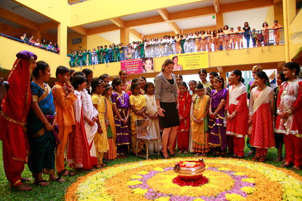 スウェーデン文化「Crown Princess Victoria Of Sweden Visits Pune」:写真・画像(12)[壁紙.com]
