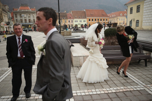 Bride「Every Day Life In Romania As EU Members Mull Schengen Inclusion」:写真・画像(0)[壁紙.com]