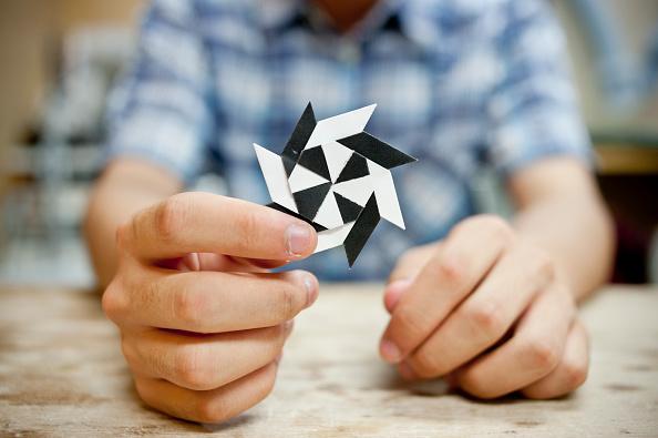 Origami「Tiny Origami Artist」:写真・画像(8)[壁紙.com]