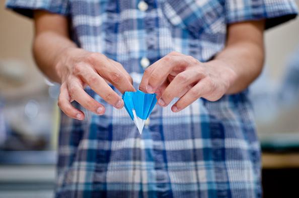 Origami「Tiny Origami Artist」:写真・画像(1)[壁紙.com]