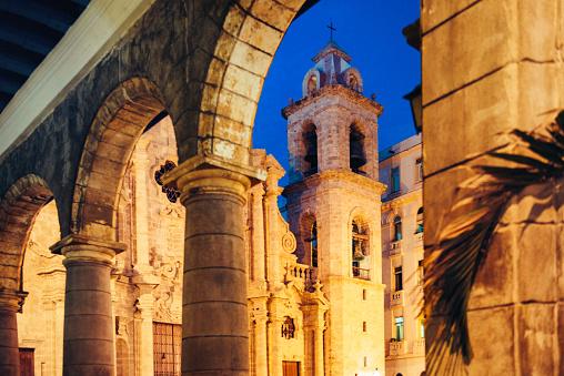 Havana「Plaza de la Catedral Havana Cuba」:スマホ壁紙(13)