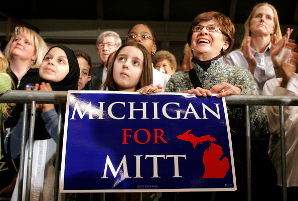 Bill Pugliano「Mitt Romney Announces Run For The White House」:写真・画像(12)[壁紙.com]