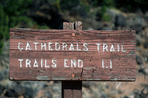Capitol Reef National Park「Capitol Reef National Park Trail Sign」:スマホ壁紙(10)