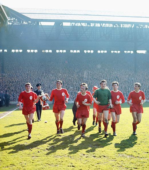 Liverpool - England「Liverpool League Division One Champions 1963/64」:写真・画像(15)[壁紙.com]