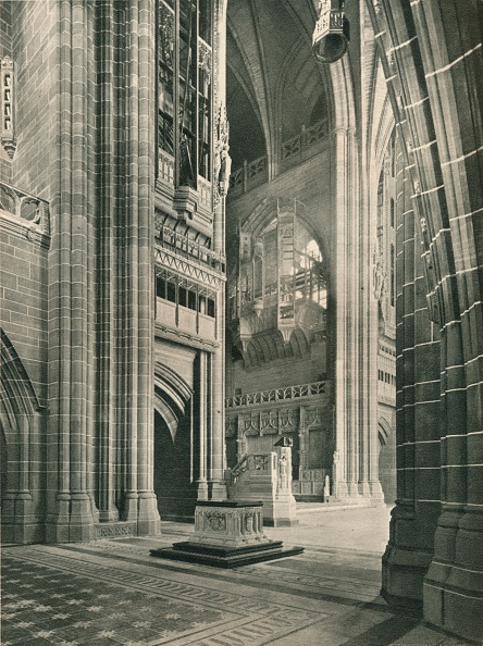 Anglican「Liverpool Cathedral: General View from Memorial Transept. Architect, Sir G. Gilbert Scott, 1924.」:写真・画像(4)[壁紙.com]