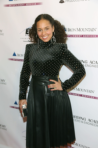 Event「The Recording Academy Producers And Engineers Wing Presents 11th Annual GRAMMY Week Event Honoring Alicia Keys And Swizz Beatz」:写真・画像(5)[壁紙.com]