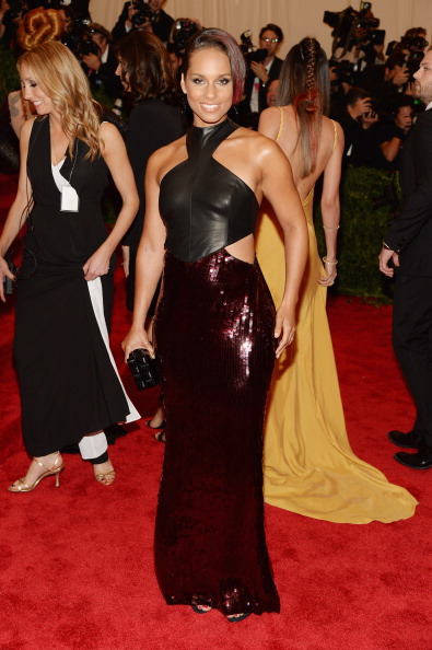 "Halter Top「""PUNK: Chaos To Couture"" Costume Institute Gala」:写真・画像(16)[壁紙.com]"