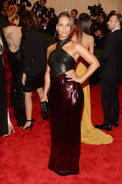 "Halter Top「""PUNK: Chaos To Couture"" Costume Institute Gala」:写真・画像(18)[壁紙.com]"