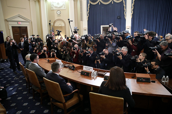 Court Hearing「House Intelligence Committee Continues Open Impeachment Hearings」:写真・画像(7)[壁紙.com]