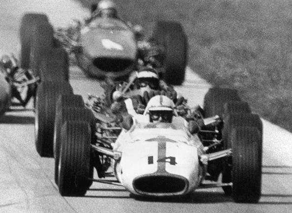 Motorsport「Surtees Leads」:写真・画像(19)[壁紙.com]