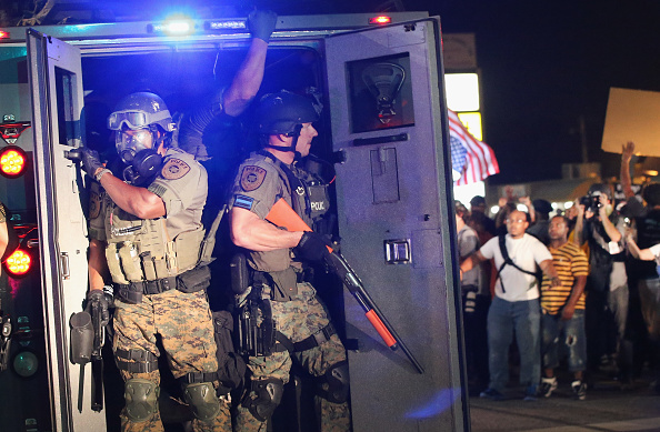 2014-15 Ferguson Unrest「National Guard Called In As Unrest Continues In Ferguson」:写真・画像(16)[壁紙.com]