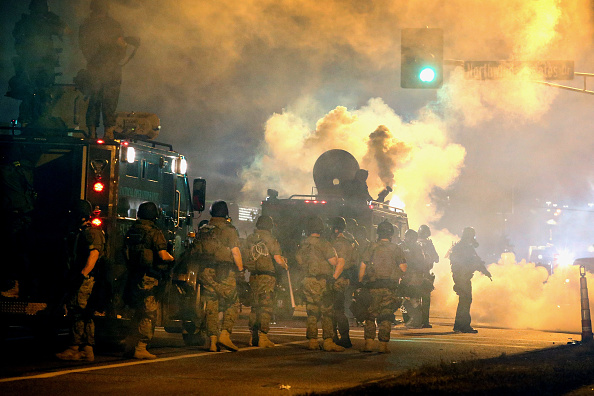 2014-15 Ferguson Unrest「National Guard Called In As Unrest Continues In Ferguson」:写真・画像(18)[壁紙.com]