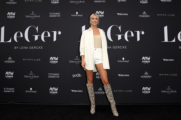 Fully Unbuttoned「LeGer By Lena Gercke - AYFW - About You Fashion Week」:写真・画像(7)[壁紙.com]