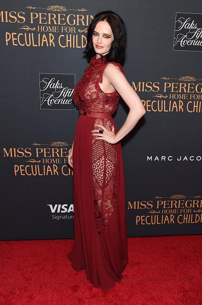 ノースリーブワンピース「'Miss Peregrine's Home For Peculiar Children' New York Premiere」:写真・画像(11)[壁紙.com]
