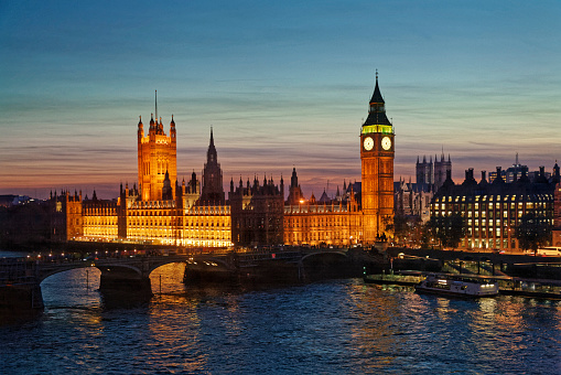 Election「Houses of Parliament in London at night.」:スマホ壁紙(19)