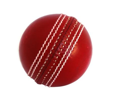 Seam「New leather Cricket Ball against white」:スマホ壁紙(15)