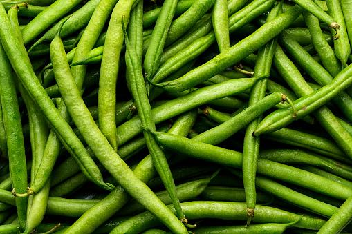Abundance「Pile of green string beans」:スマホ壁紙(1)