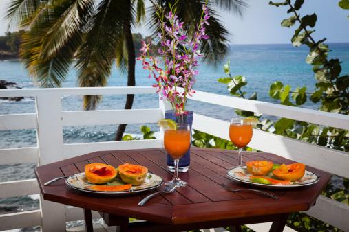 Picnic「Breakfast on the balcony of an ocean front home」:スマホ壁紙(4)