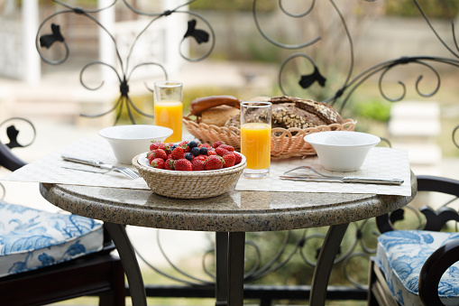 Place Setting「Breakfast on the terrace」:スマホ壁紙(3)