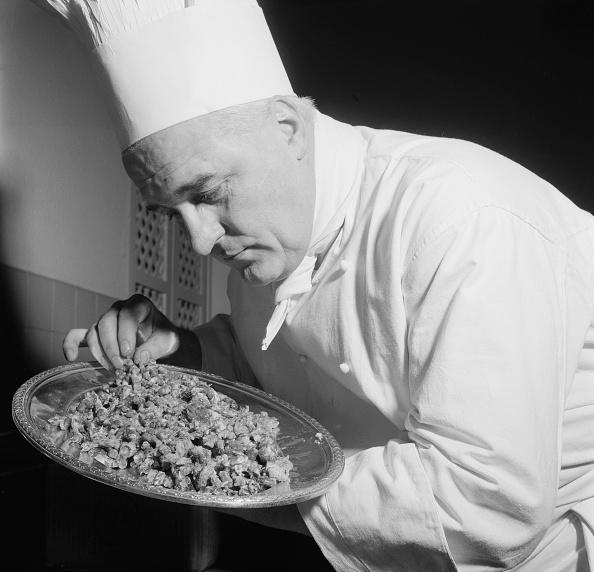 Crockery「Hotel Chef」:写真・画像(0)[壁紙.com]