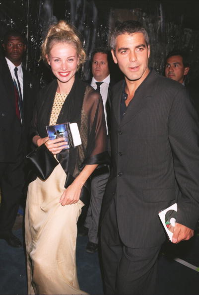"Denny Keeler「George Clooney and girlfriend Celine Balitran at the premiere of ""Batman and Robin""...」:写真・画像(9)[壁紙.com]"