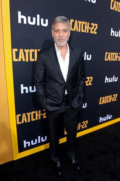"George Clooney「Premiere Of Hulu's ""Catch-22""」:写真・画像(17)[壁紙.com]"