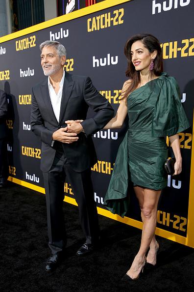 "Purse「Premiere Of Hulu's ""Catch-22""」:写真・画像(1)[壁紙.com]"