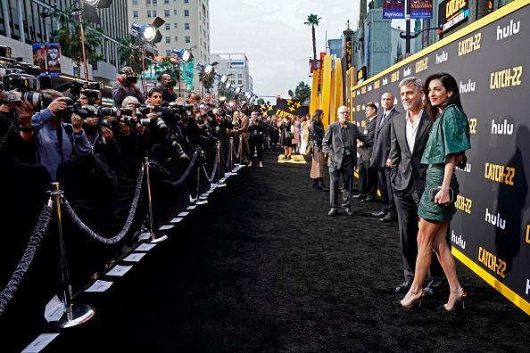 "Hollywood - California「Premiere Of Hulu's ""Catch-22""」:写真・画像(19)[壁紙.com]"
