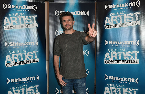 One Person「Juanes Performs For SiriusXM's Artist Confidential Series At The Artist's Qwn Studios On July 25, 2017 In Doral, FL」:写真・画像(8)[壁紙.com]