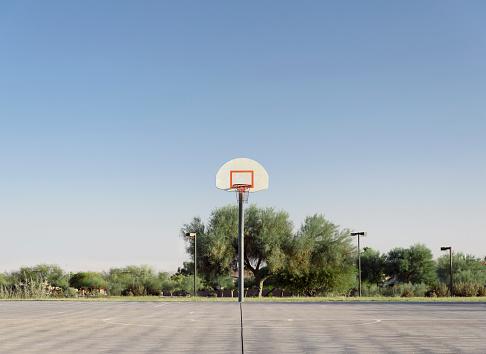 Taking a Shot - Sport「Outdoor basketball court」:スマホ壁紙(18)