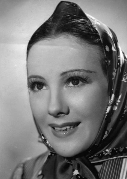 Actress「Schauspielerin Franziska Gaal」:写真・画像(17)[壁紙.com]