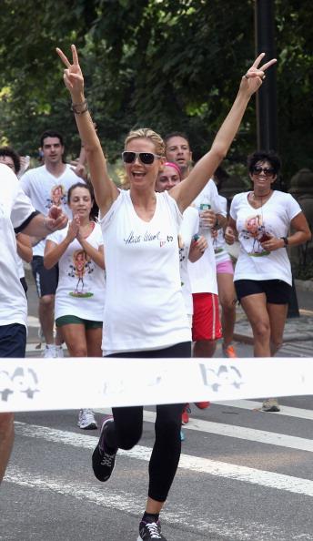 Human Limb「Heidi Klum's Summer Run 2011」:写真・画像(10)[壁紙.com]