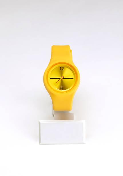 Wrist Watch (Click for more):スマホ壁紙(壁紙.com)