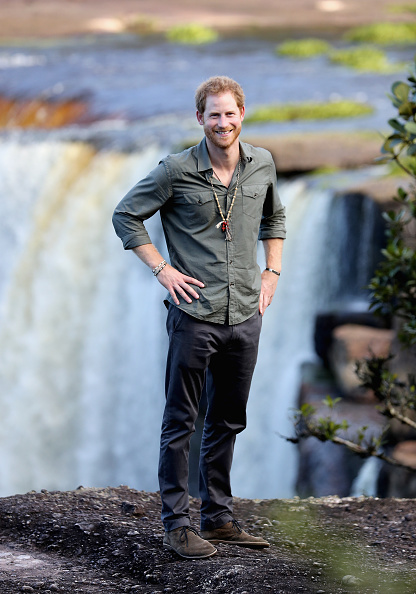 カメラ目線「Prince Harry Visits The Caribbean - Day 13」:写真・画像(10)[壁紙.com]