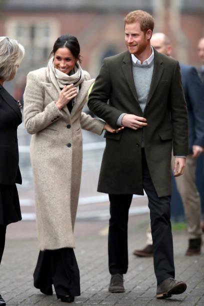 Coat - Garment「Prince Harry and Meghan Markle Visit Reprezent」:写真・画像(11)[壁紙.com]