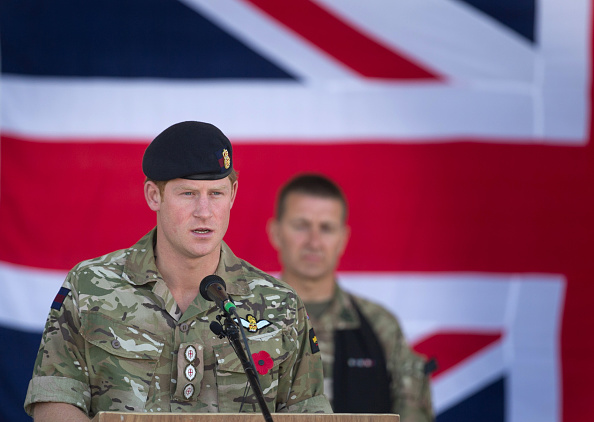 Army「British Troops In Kandahar Participate In A Remembrance Sunday Service」:写真・画像(16)[壁紙.com]
