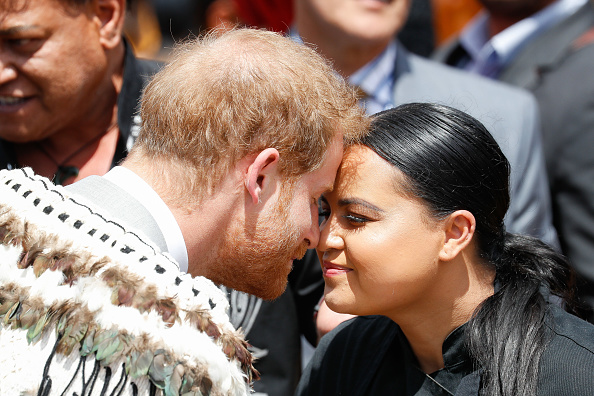 Greeting「The Duke And Duchess Of Sussex Visit New Zealand - Day 4」:写真・画像(18)[壁紙.com]
