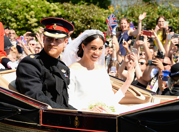 Wedding Dress「Prince Harry Marries Ms. Meghan Markle - Procession」:写真・画像(18)[壁紙.com]