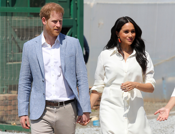 White Color「The Duke And Duchess Of Sussex Visit Johannesburg - Day Two」:写真・画像(3)[壁紙.com]