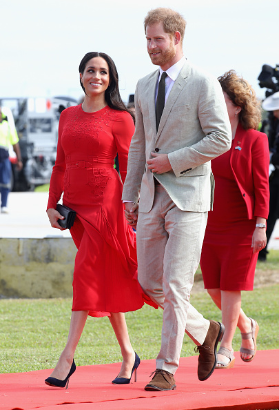 Sussex「The Duke And Duchess Of Sussex Visit Tonga - Day 1」:写真・画像(8)[壁紙.com]