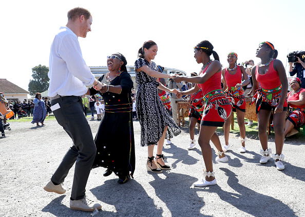 Visit「The Duke and Duchess Of Sussex Visit South Africa」:写真・画像(2)[壁紙.com]