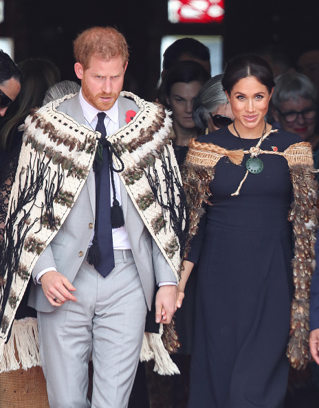 Holding Hands「The Duke And Duchess Of Sussex Visit New Zealand - Day 4」:写真・画像(19)[壁紙.com]