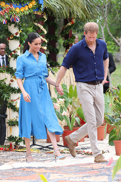 Blue「The Duke And Duchess Of Sussex Visit Tonga - Day 2」:写真・画像(11)[壁紙.com]