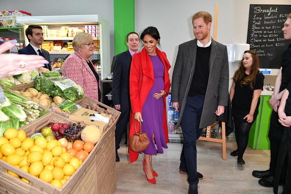 Birkenhead「The Duke And Duchess Of Sussex Visit Birkenhead」:写真・画像(6)[壁紙.com]