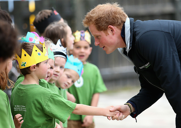 Alternative Pose「Prince Harry Visits New Zealand - Day 3」:写真・画像(6)[壁紙.com]