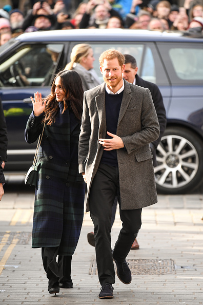 Coat - Garment「Prince Harry And Meghan Markle Visit Edinburgh」:写真・画像(13)[壁紙.com]