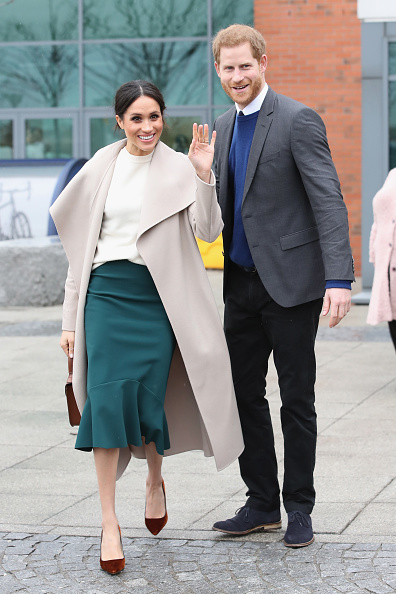 Vertical「Prince Harry And Meghan Markle Visit Northern Ireland」:写真・画像(3)[壁紙.com]